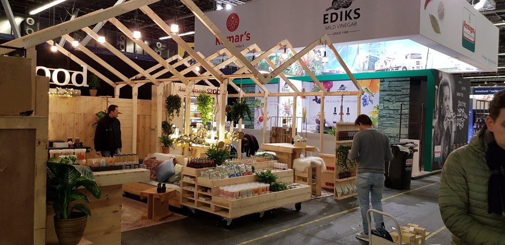 Puesto en el mercado Pop Up Pallets